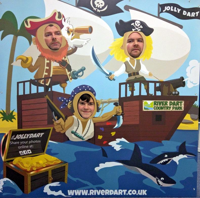 face in hole board, photo cutout board, standee board, pirates