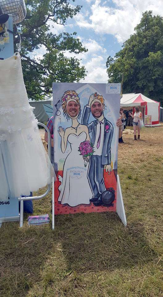 Weddings, photo cutout board, trade show, wedding suppliers, wedding industry