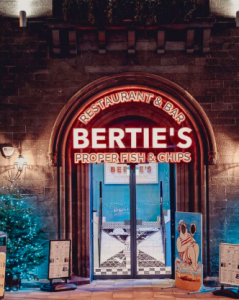Bertie's Fish and Chips - Edinburgh - Thin Tim and Big Bertha seaside photo cutout